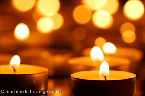 Benefizkonzert – Vom Himmel hoch … – bei Kerzenschein